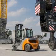 Still_RX_70_4-5-tonne_diesel-gas-forklift-sales-4[1]